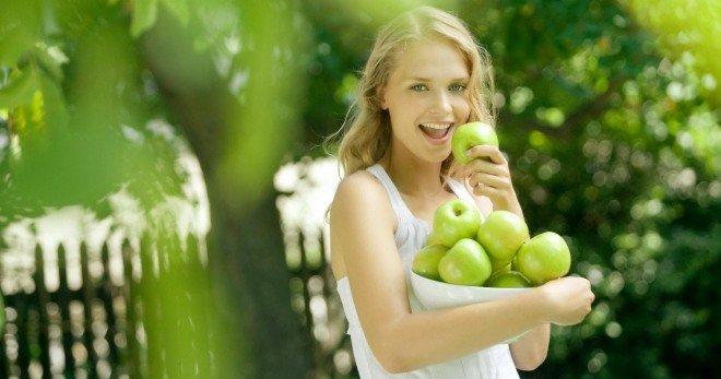 Аллергия на яблоки – причины, признаки и способы лечения