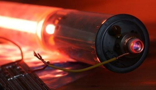 Гелий-неоновый лазер