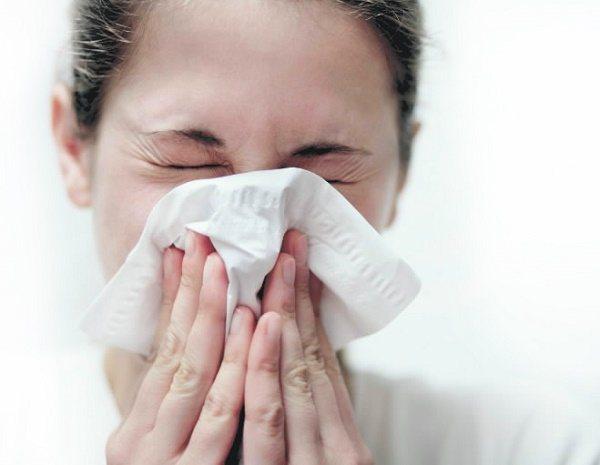 Может ли подниматься температура при аллергии
